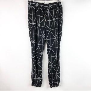 Old Navy Loose Black Diamond Rayon Ankle Pants